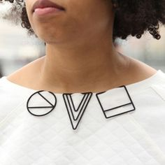 3D-printed jewellery by Maria Jennifer Carew (Love just how simple the concept is, and powerful execution)