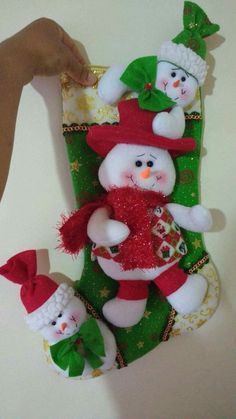 Merry Stockings, Felt Christmas Stockings, Felt Christmas Decorations, Christmas Wreaths, Christmas Ornaments, Holiday Decor, Christmas Crafts For Adults, Christmas Room, Christmas Holidays
