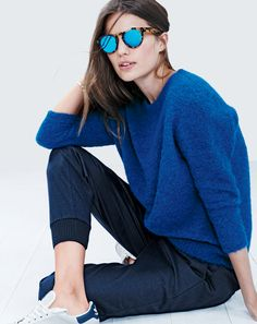 J.Crew women's textured slouchy sweater and Illesteva Leonard mirrored sunglasses.