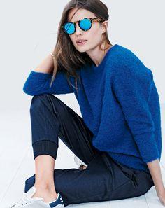 J.Crew women's textured slouchy sweater and Illesteva Leonard mirrored sunglasses.