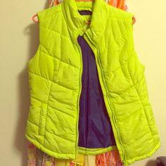 Lime green puffy vest Blue lining inside Aeropostale Jackets & Coats Vests