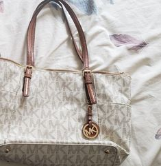 4fd4a977af89a3 ... coupon for michael kors jet set ew tote and wallet in pvc vanilla white  f64c7 775c4