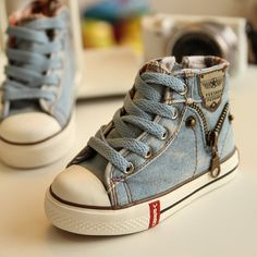 https://www.i-sabuy.com/ (Pre-Order)รองเท้าผ้าใบเด็กผู้ชาย ไซส์ 25-37
