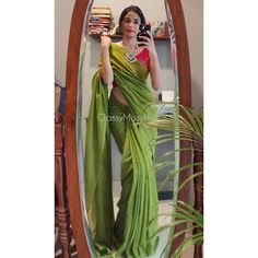 Indian Dress Up, Party Wear Indian Dresses, Indian Fashion Dresses, Indian Designer Outfits, Indian Wear, Saree Fashion, Indian Attire, Fashion Poses, Bollywood Fashion