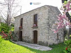http://immobiliarecaserio.com/Characteristic_cottage_for_sale_located_in_Roccaspinalveti_Abruzzo_Italy_1405.html  Characteristic cottage for sale located in Roccaspinalveti, Abruzzo, Italy  http://www.resources.immobiliarecaserio.com/abruzzo-where-find-your-house-of-dream-in-italy/