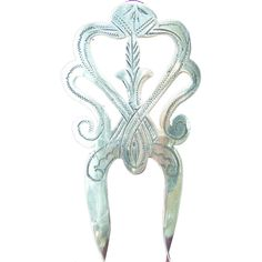 A pretty early 20th century sterling silver hair comb by Pierce Thomson a1e3d531bc67
