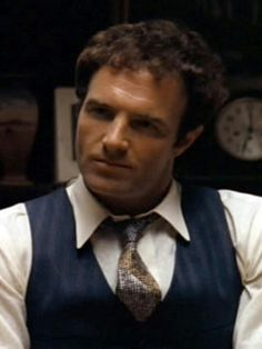 James Caan Godfather, The Godfather Part Ii, Godfather Movie, The Hollywood Bowl, Hollywood Men, The Best Films, Great Movies, Don Corleone, Movie Characters