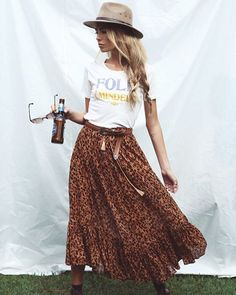 Festival Style Ups & 16 par The Freedom State… - Great Boho Clothing & Outfits - Jupe Festival Style, Festival Looks, Festival Outfits, Casual Festival Outfit, Boho Festival Fashion, Festival Clothing, Concert Outfits, Winter Festival, Boho Outfits