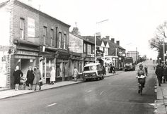 Feltham High Street c1950's Brentford, Old Photographs, Local History, The Hamptons, Nostalgia, Past, Places To Visit, England, Street View