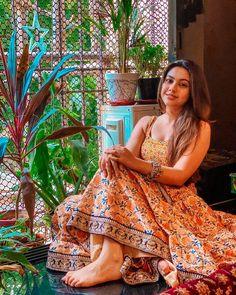 Dress Indian Style, Indian Dresses, Ethnic Outfits, Indian Outfits, Casual Indian Fashion, Indian Photoshoot, Lehnga Dress, Silk Dress, Kurti Designs Party Wear