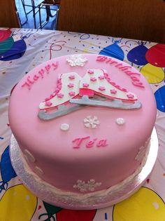 All my cakes / Ice skating Cake Ice Skating Cake, Ice Skating Party, Skate Party, Crazy Cakes, Cakes To Make, How To Make Cake, Fondant Cakes, Cupcake Cakes, Roller Skate Cake