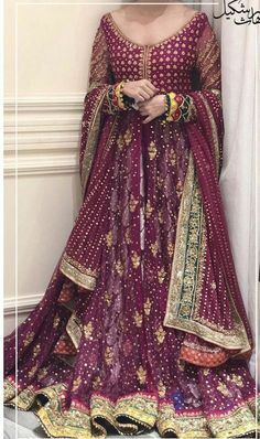 Inbox us to order ✉📬 Or contact 📞 +923074745633 📞☎ (WhatsApp ✔) #pakistanidresses #womensclothing #beautifuldress #partydress #latestcollection #bridaldresses #mehndidresses #womensfashion #fashiondresses #latestfashiondresses #lifestylefashion #trendycollection #weddingdresses2021 Bridal Mehndi Dresses, Bridal Dress Design, Bridal Lehenga Choli, Beautiful Pakistani Dresses, Pakistani Dress Design, Indian Dresses, Pakistani Wedding Outfits, Bridal Outfits, Pakistani Couture