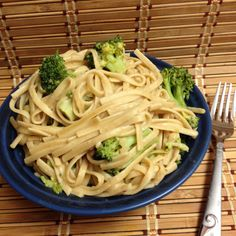 Peanut noodles with Broccoli: Forks Over Knives Cookbook Project, recipe review #vegan   Fresh and Faithful