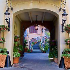 Court des Anges, New Orleans Square, Disneyland | Flickr - Photo Sharing!