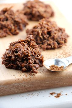 No time to bake? These No Bake Chocolate Haystack Cookies are timeless kid-friendly gems that are so easy. Just mix, let dry and enjoy!(No Bake Chocolate Bars) Easy Cookie Recipes, Baking Recipes, Dessert Recipes, No Bake Cookie Recipe, Bake Goods Recipes, No Bake Recipes, No Bake Coconut Cookies, Coconut Cakes, Quick Dessert