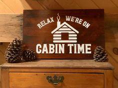 Small Cabin Decor, Diy Cabin, Rustic Cabin Decor, Cabin Ideas, Cabin Crafts, Log Cabin Decorating, Modern Cabin Decor, Mountain Cabin Decor, Hunting Cabin Decor