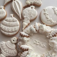 White Christmas Decorations cookies by RH. Christmas Sugar Cookies, Christmas Sweets, Noel Christmas, Holiday Cookies, Christmas Baking, White Christmas, Gingerbread Cookies, Christmas Decorations, Christmas Girls