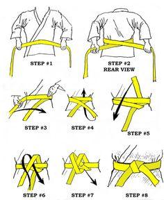 How to tie an Obi (belt for Judo, Karate, Aikido, Jujutsu) Karate Shotokan, Kyokushin Karate, Kenpo Karate, Isshinryu Karate, Goju Ryu Karate, Sport Fitness, Fitness Workouts, Muay Thai, Viet Vo Dao