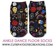 Worlds Greatest 70 Year Old On Black Socks Age//Birthday Novelty Socks