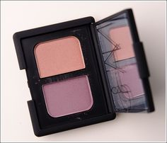 Nars Charade Eyeshadow Duo. Natural eye in lavendar for a slight pop.