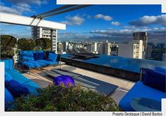 Rooftop espetacular com destaque para a piscina com borda infinita. Por David Bastos. Ad http://ift.tt/1U7uuvq arqdecoracao arqdecoracao @arquiteturadecoracao @acstudio.arquitetura #arquiteturadecoracao #olioliteam #canalolioli #instagrambrasil #decor #arquitetura #adpiscina #piscina #swimmingpool