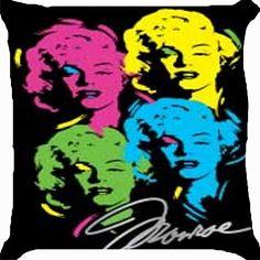 Photo by Phira Bar Pop Art Marilyn, Marilyn Monroe T Shirts, Marilyn Monroe Art, Vintage Pop Art, Retro Vintage, Hollywood Girls, Hollywood Star, Graffiti Designs, Pop Art Girl