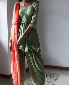 Pinterest: @pawank90 Punjabi Fashion, India Fashion, Bollywood Fashion, Asian Fashion, Pakistani Dresses, Indian Dresses, Indian Outfits, Indian Attire, Indian Wear