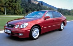 LEXUS GS (1997 - 2000) Description & History: The GS features rear wheel drive, automatic, 5-speed transmission and all round ventilated disc brakes.