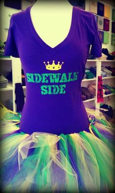 Fleurty Girl Sidewalk Side V-neck Tee...def buying one to wear to Bacchus and Endymion!
