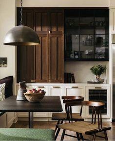 Kitchen Cabinet Styles, Kitchen Cabinets, Kitchen Tile, Kitchen Flooring, Kitchen Decor, Craftsman Kitchen, Craftsman Remodel, Interiores Design, Kitchen Remodel