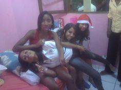 Minhas amadas sobrinhas Thaís, Aline, Isabella e Mariane....