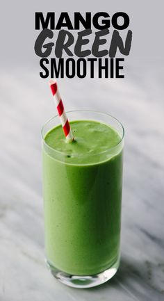 Green Mango Smoothie - Superfood smoothies - This mango spinach smoothie has been my go-to green smoothie for years. It's packed with protein - Mango Spinach Smoothie, Smoothie Legume, Spinach Smoothie Recipes, Smoothie Fruit, Apple Smoothies, Breakfast Smoothies, Smoothie Cleanse, Breakfast Snacks, Mango Smoothie Healthy