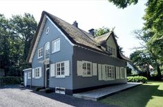 Blue country house for sale, Torenlaan 55a, Blaricum.
