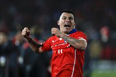 Rumour Mill: Liverpool showing interest in Gary Medel