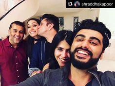 HalfGirlfriend,SuccessParty-Repost yashrajfilmstalent (get_repost)・・・Paaaaarrrrtttyyyy! We caught arjunkapoor shraddhakapoor mohitsuri ektar Bollywood Party, Bollywood Stars, Bollywood Fashion, Arjun Kapoor, Shraddha Kapoor, Mohit Suri, Rohit Shetty, Half Girlfriend, Alia And Varun