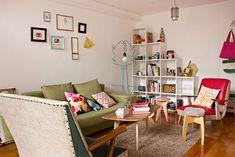 O post de hoje é mais um exemplo de que cuidado, organização e criatividade deixam qualquer ambiente lindo e muito bem decorado! O apartamento apresentado