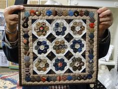 Heartspun Quilts ~ Pam Buda: Just Judie Show 'N Tell