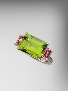 18kt Gold Peridot and Pink Sapphire Florentine Ring by Paolo Costagli