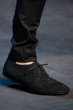 Love these shoes for men....I would love to see me rock these shoes...Dolce & Gabbana Menswear Spring 2014