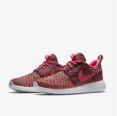 huge discount ed0f0 1d89c Hot Predaj Nike Roshe Flyknit Online Ružová Oranžová Biela Bežecká  Obuv,love farbu. MillySloden · shoes