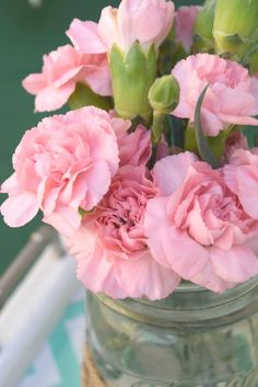 pink flowers, how to make a simple floral arrangement for outdoor entertaining. celebrating outdoor living, how to add function, style, and a casual space to relax. Sharing simple solutions, DIY projects, and storage ideas for toys. To see more click on the post or visit-  http://ourhousenowahome.com/