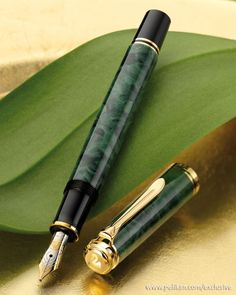 Another view of the Pelikan M600 Green o' Green. Gorgeous. I should be working.