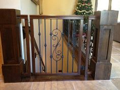 Retractable Safety Gate For Children Dogs Or Cats Extremely