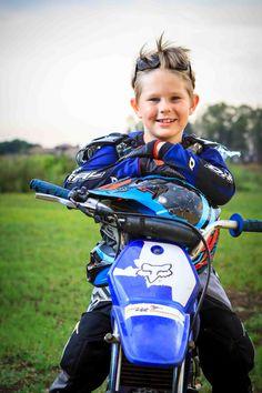 Helmet rest #motocross #bike portrait