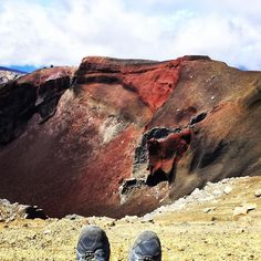 Tongariro Crossing New Zealand. Not hard to see why they call this part the Red Crater. Couldn't believe my eyes when I saw this for the first time. #newzealand #travel #twitter