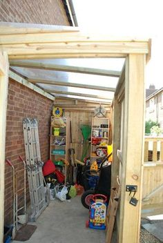 Build ANY Shed In A Weekend - bodega Mancha. con prolongacion de techo fuera y conexion con la cocina. Our plans include complete step-by-step details. If you are a first time builder trying to figure out how to build a shed, you are in the right place! Garden Room, Shed Design, Shed Plans, Bike Shed, Building A Shed, Curved Pergola, Shed Extension Ideas, Shed Storage, Garden Storage
