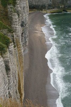 Etretat - Normandie, France I have a reoccurring dream I'm here. Had to post this for myself