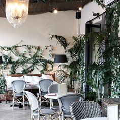 Posted a quick little video from my stay at @theprincipalmadrid in Spain to my YouTube channel >> YouTube.com/megbiram 🌿 Take a look! 🇪🇸 #megbiramtravels #travel #spain #madrid #ThePrincipal #ThePlaceToBe