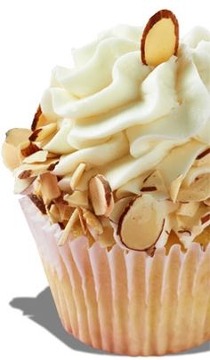 Amaretto Amore  Amaretto cake with an amaretto cream cheese frosting, rimmed with toasted almonds. Gigi's Cupcakes, Yummy Cupcakes, Almond Cupcakes, Cupcake Cookies, Gourmet Cupcakes, Baking Cupcakes, Cupcake Frosting, Decorated Cupcakes, Heart Cupcakes
