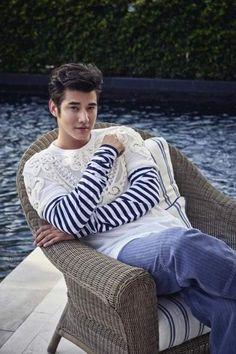 Asian Men, Men Sweater, Sweaters, Mario Maurer, Style, Fashion, Swag, Moda, Fashion Styles